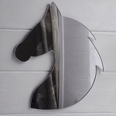 20cm Rounded Horse Head With Mane Acrylic Mirror