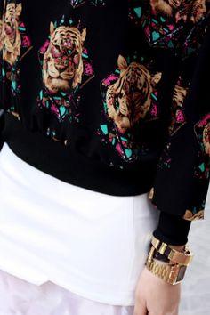 Tiger Print Black Pullover #Romwe
