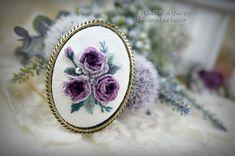 제니스리의 프랑스자수:..자수브로치. 프랑스자수 브로치. 서울프랑스자수. 핸드메이드 선물. : 네이버 블로그 Brazilian Embroidery, Hand Embroidery, Brooch, Pendant, Rose, Blog, Jewelry, Breien, Schmuck