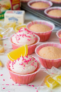 Pretty Pink Lemonade Cupcakes! #lemon #lemonade #cupcakes #pink #kitchenconvo