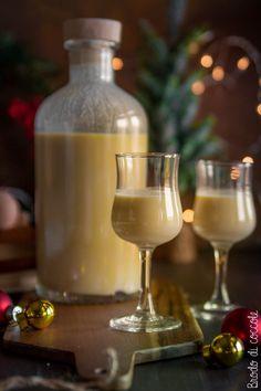 "Liquore allo zabaione (tipo ""VOV"") - Brodo di coccole Marsala, White Wine, Drinking, Alcoholic Drinks, Homemade, Glass, Cocktail, Food, Canning"