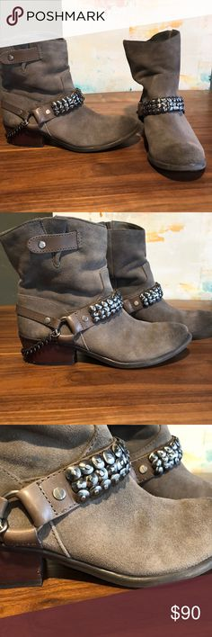 Gianni Bini Gray Boots ❤️❤️❤️  I can't believe I'm selling these, but I need to clear out my closet! These Gianni Bini Boots are sooo cute! Wear with cutoff shorts or leggings or jeans ! ❤️❤️❤️ Gianni Bini Shoes Ankle Boots & Booties