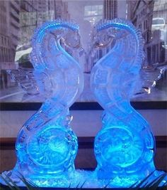 Double Seahorse Ice Carving