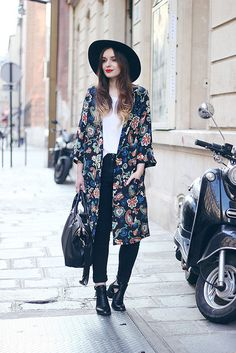 UR FASHION: Kate Moss Topshop Kimono Outfit Fedora Seventies Style by What Olivia Did, via Flickr