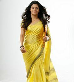 hates to dance! Beautiful Saree, Beautiful Indian Actress, Beautiful Women, Indian Beauty Saree, Indian Sarees, Kannada Movies, Indian Heritage, Cute Beauty, Indian Actresses
