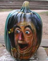 Paint the pumpkin with halloween costume aka dorothy. Pumpkin Art, Pumpkin Faces, Pumpkin Crafts, Pumpkin Painting, Scary Pumpkin, Scarecrow Pictures, Scarecrow Ideas, Halloween Pumpkins, Halloween Decorations