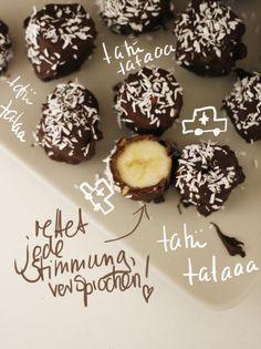 Yummy-lecker! und für Leute, die (wie ich) kein Cocos mögen: Mandelplättchen gehen auch sehr gut!