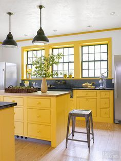 Yellow kitchen will be so much attractive for any home design whether big or small. It gives your room a bright color and more spacious. So, here are some yellow kitchen ideas for designing your kitchen room. Kitchen Colour Combination, Kitchen Colour Schemes, Bright Kitchen Colors, Color Schemes, Bold Colors, Kitchen Cabinet Colors, Kitchen Decor, Yellow Kitchen Cabinets, Kitchen Yellow