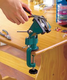 360° Ball Joint Rotation Vise