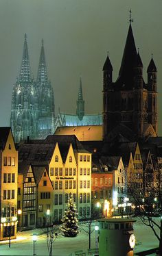 Cologne. Travel in Germany and learn fluent German with the Eurolingua Institute http://www.eurolingua.com/german/german-homestays-in-germany