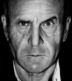 Diego Fazo - photorealistic drawing