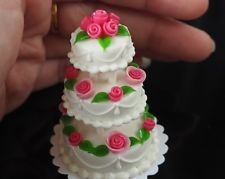 3 TIERS MINIATURE WHITE WEDDING CAKE DOLLHOUSE FOOD BARBIE HANDMADE FROM CLAY