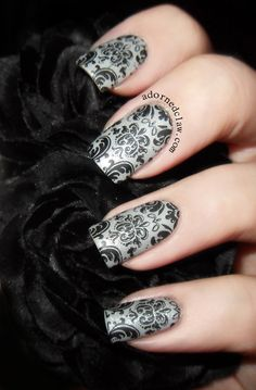 Matte Damask Nails w/plate QA90