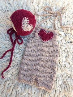 NEW Newborn knit set Valentines day set Bonet heart by Merrieknit