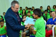 Alunos da Escola Laucides de Oliveira recebem certificados do projeto Maria vai à Escola #pmbv #prefeituraboavista #boavista #roraima