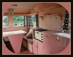 whoa, that's pink #camper #trailer #interior