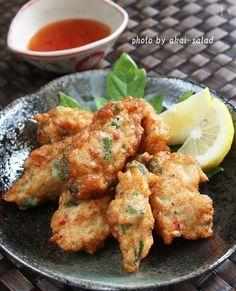 鶏むね肉でタイ風さつま揚げ「トートマン・ガイ」 by 長岡美津恵akai-salad