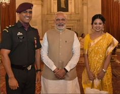 PHOTOS: Lt. Colonel MS Dhoni receives Padma Bhushan