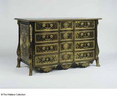 Chest-of-drawers Probably Nicolas Sageot (1666 - 1731) France c. 1700 Pinewood, birch, ebony, première- and contre-partie Boulle marquetry of turtleshell, brass and pewter, oak, grey paper, steel Object size: 81 x 132.5 x 66 cm