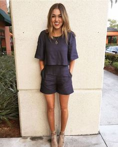20 Outfit Ideas For Your First Day Of University - Society19 Canada