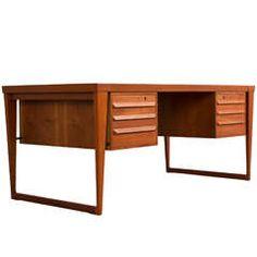 Exclusive Teak Executive Desk by Kai Kristiansen, Completely Restored 60s Furniture, Small Bedroom Furniture, Art Deco Furniture, Cheap Furniture, Online Furniture, Furniture Design, Scandinavian Furniture, Modern Desk, Mid Century