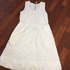 "J. Crew White Midi J. Crew White Midi Dress. Below the knee 41""-43"", 104-109 cm. Ling Zipper in the back. J. Crew Dresses Midi"
