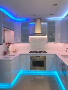 Luxury Kitchen Design, Kitchen Room Design, Home Room Design, Dream Home Design, Home Decor Kitchen, Home Interior Design, House Design, Kitchen Designs, Kitchen Themes