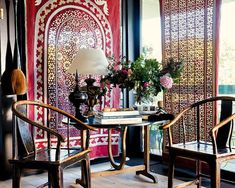 Isabelle de Borchgrave interior - shall we say, a bit of Chinese style?