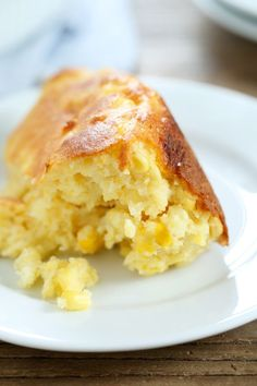 Easy Gluten Free Sweet Corn Spoon Bread. Everyone's favorite side dish! #glutenfreerecipes #Thanksgiving #glutenfree