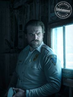 David Harbour as Jim Hopper in Stranger Things David Harbour Stranger Things, Hopper Stranger Things, Stranger Things Aesthetic, Stranger Things Funny, Stranger Things Netflix, David Harbor, Strange Things Season 2, Stranger Things Have Happened, Film Serie
