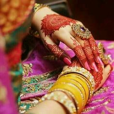 Fresh And Latest Mehandi Designs Dulhan Mehndi Designs, Wedding Mehndi Designs, Unique Mehndi Designs, Beautiful Mehndi Design, Mehndi Designs For Hands, Jewellery Designs, Mehndi Desighn, Mehndi Style, Hand Mehndi