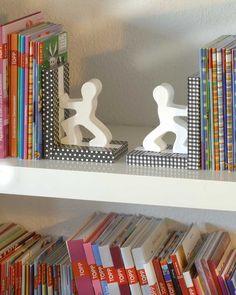 """Design im Bücherregal: PappArt Buchstützen (Idee mit Anleitung – Klick auf """"Besuchen""""!) -"""
