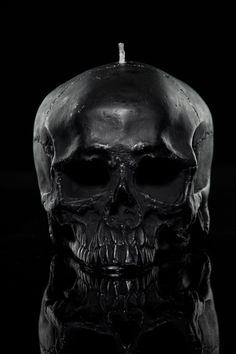 Medium Skull Candle One – THE BLACK ATLAS 321fecb16b9