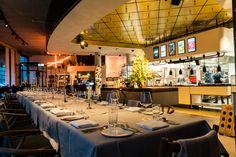 Events feiern in DIE GUTE BOTSCHAFT in Hamburg, Alsterufer. #hamburg #timmälzer #restaurant Restaurant Hamburg, Conference Room, Events, Table, Furniture, Home Decor, Decoration Home, Room Decor, Tables