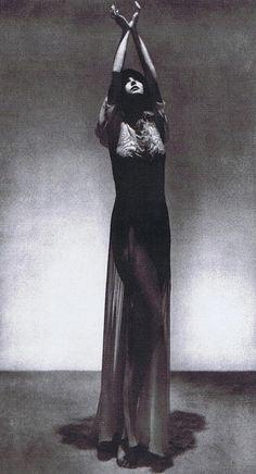 Man Ray, Peggy Guggenheim http://www.nomad-chic.com/art.html
