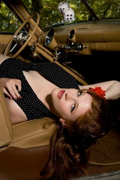 Lucky Pinup Photography