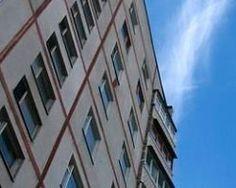 В Алматы пятилетний ребенок упал с пятого этажа