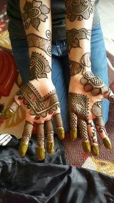 10 Best Mehndi Designs Name List Which are in Trend of 2018 Indian Mehndi Designs, Stylish Mehndi Designs, Wedding Mehndi Designs, Mehndi Design Pictures, Latest Mehndi Designs, Beautiful Henna Designs, Mehndi Designs For Hands, Mehndi Images, Mehandi Designs