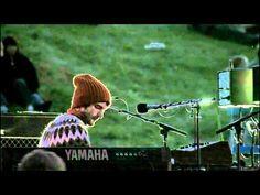 Sigur Ros - Olsen Olsen......I swear I love Icelandic music and sweaters =D