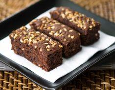 Esta receta debrownie con nueces es una delicatessen, y uno de los postres favoritos de los amantes de los dulces.