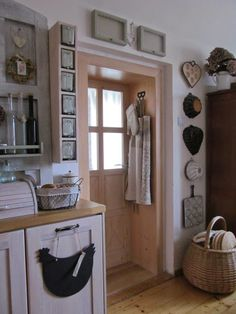 PAvla STUdihradová Sweet Home, Country Interior, Romantic Kitchen, Cozy House, House, Interior Design Kitchen, Home Decor, Farmhouse Renovation, Interior Design Kitchen Rustic