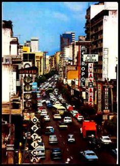 Calle Real de Sabana Grande donde actualmente esta el Boulebard, Caracas,años 60-70, Venezuela