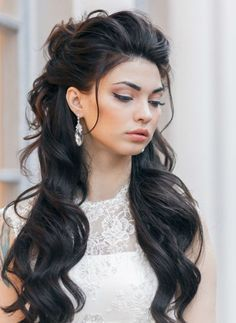 Lift in the front, half up, half down with big loose waves ~ we ♥ this! moncheribridals.com