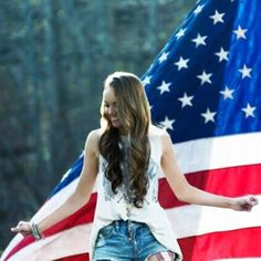 Danielle Bradbery 'Young In America' Video watch