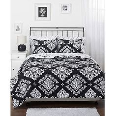 Black and White Sheets Full | the border, white with black design. I also purchased pink sheets ...