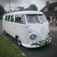 Arrive in an iconic Splitscreen camper van for your wedding, decorate it with flowers, ribbons and bows to match your colour scheme! Vw Camper, Vw Bus, Volkswagen, Wedding Hire, Wedding Ideas, Vw Samba Bus, Safari Windows, Mazda Bongo, Combi Vw