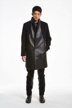 Leather coat from the fall/winter 15 menswear collection of SONO DRS available in pre-order on http://www.betosee.com/collection/59034