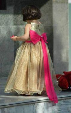 Baby Girls Wedding Frocks In Pakistan For 2019 Baby Girl Frocks, Frocks For Girls, Little Girl Dresses, Girls Dresses, Flower Girl Dresses, Baby Dresses, Baby Girl Frock Design, Wedding Frocks, Wedding Dress