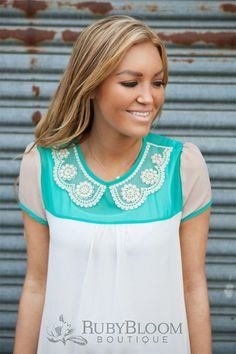 Ruby Bloom Boutique — AquaWhite Collar Blouse