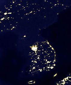 Capitalismo VS Comunismo en una imagen. Korea del Sur luz y progreso, Korea del Norte oscuridad #LET #tlot